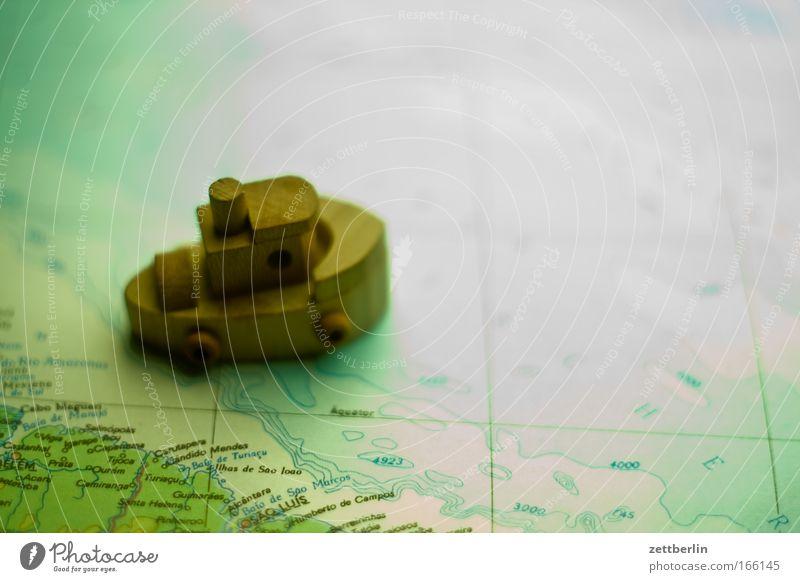 Seefahrt Meer Ferien & Urlaub & Reisen Holz Wasserfahrzeug Güterverkehr & Logistik Spielzeug Schifffahrt Landkarte Personenverkehr Orientierung Textfreiraum Miniatur Marine Dampfschiff Weltreise Hochsee