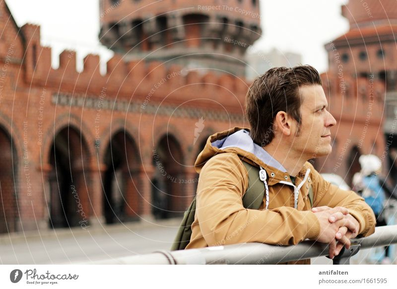 Profil Mensch Ferien & Urlaub & Reisen Mann Hand Gesicht Erwachsene Leben natürlich Berlin Lifestyle Haare & Frisuren braun Tourismus maskulin Arme Finger