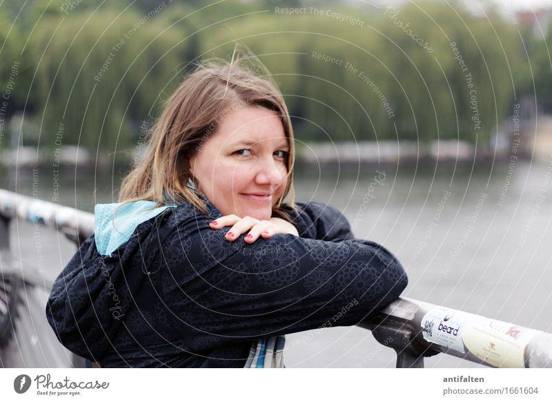 Icke :-) Mensch Frau Ferien & Urlaub & Reisen Hand Gesicht Erwachsene Auge Leben natürlich Berlin feminin Glück Haare & Frisuren Deutschland Freundschaft