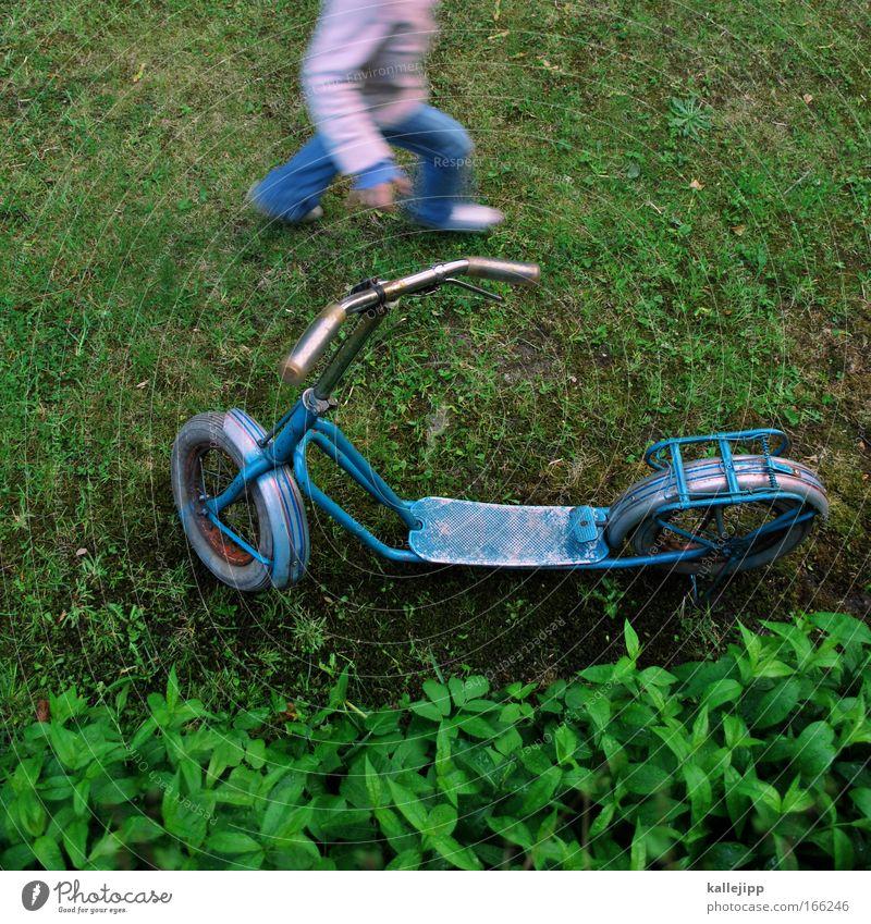 miracoli ist fertig Tag Spielen Kinderspiel Mädchen Arme Beine Fuß 1 Mensch 3-8 Jahre Kindheit Pflanze Grünpflanze Garten Park Wiese Verkehr Verkehrsmittel
