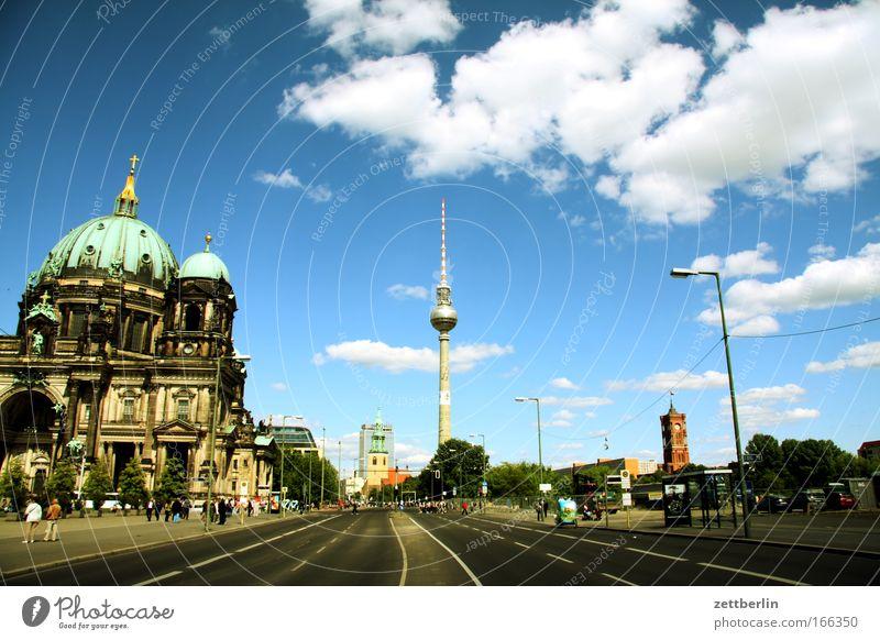 Palast der Republik (unsichtbar) Sonne Stadt Sommer Wolken Berlin Religion & Glaube Kirche Tourismus historisch Stadtzentrum Dom Berliner Fernsehturm Hauptstadt
