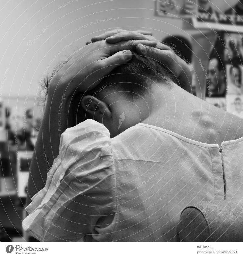 auszeit Hand Erholung feminin Gefühle Kopf Traurigkeit Angst Rücken Gesundheitswesen lernen Studium Pause Trauer Bildung Schmerz Stress