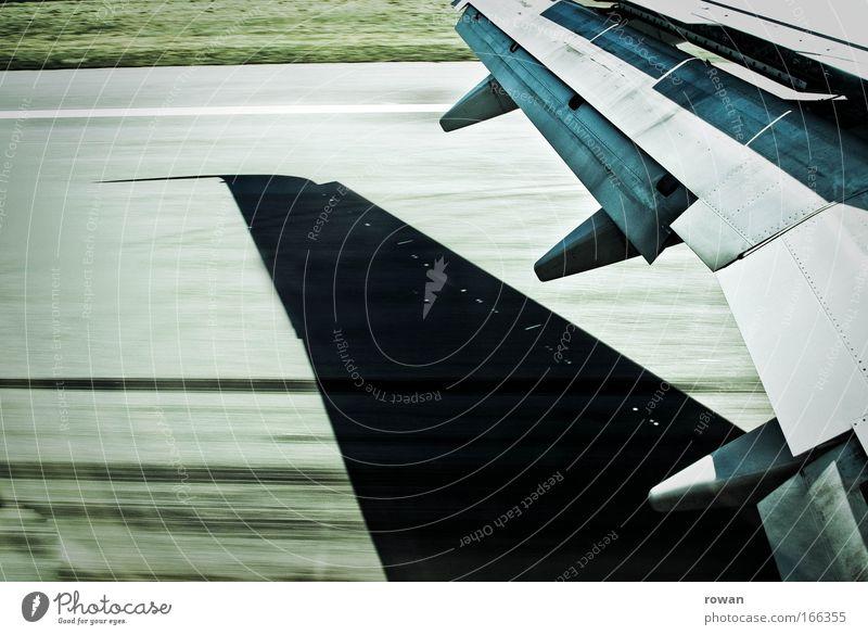 landung Ferien & Urlaub & Reisen Flugzeug Geschwindigkeit Luftverkehr Flugzeugstart Tragfläche Flughafen Flugzeuglandung Landebahn Ankunft Bremse im Flugzeug