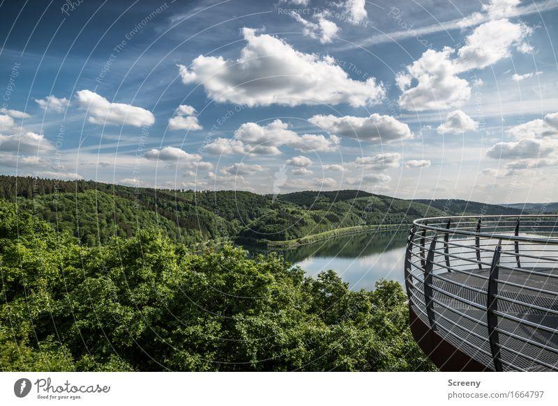 Aussichtsvoll Ferien & Urlaub & Reisen Tourismus Ausflug Sommer Natur Landschaft Wasser Himmel Wolken Schönes Wetter Baum Wald Hügel Berge u. Gebirge See