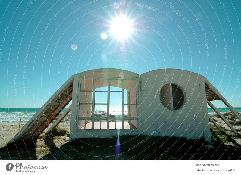haus am meer Haus Meer Ferienhaus Strand Strandhaus unterstand Hütte Sonne Gegenlicht getrocknet vertrocknet Einsamkeit Stranddüne Düne Sand Architekt