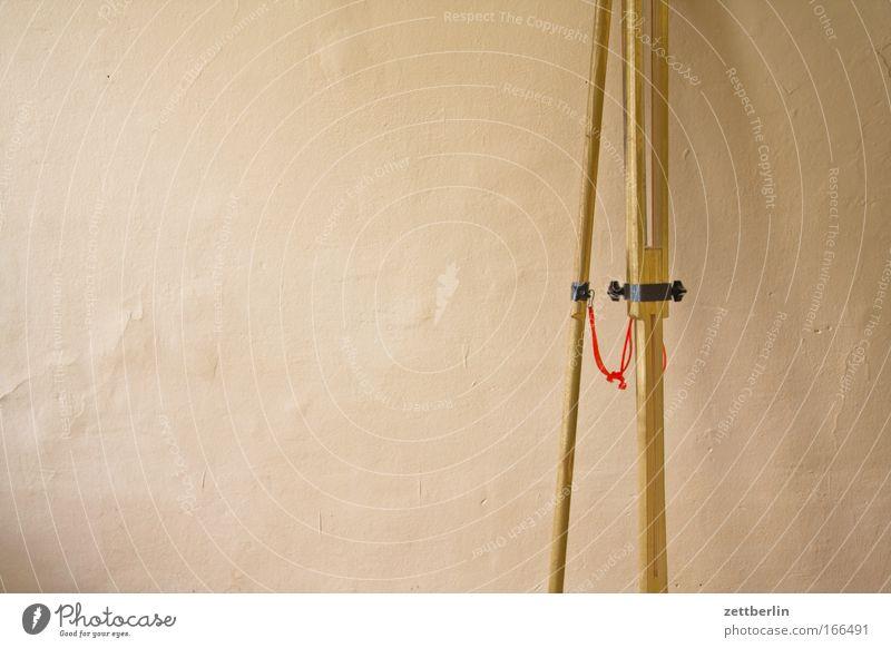 Stativ Wand Holz Raum Werkstatt Gerät Klassik Textfreiraum Teleskop dreibeinig