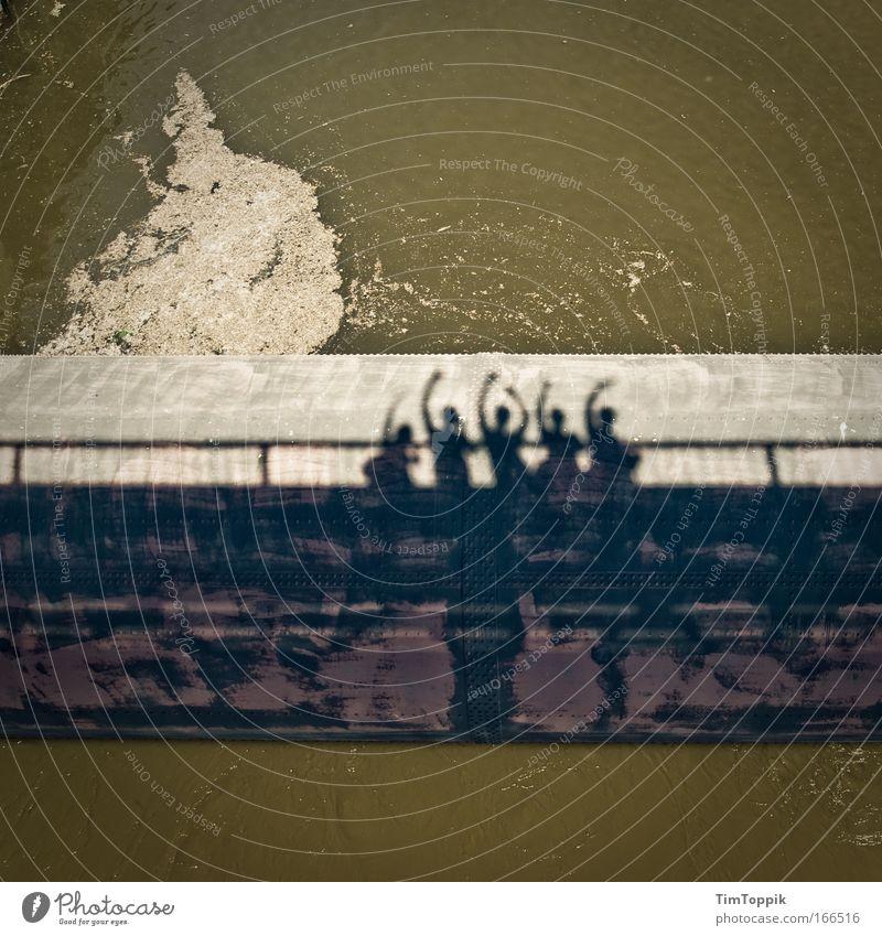 [PC-Usertreff Ffm]: Schleuserbande Mensch Wasser Sommer Freude Freiheit Gebäude Freundschaft Zufriedenheit Zusammensein Ausflug Fröhlichkeit Brücke Bauwerk