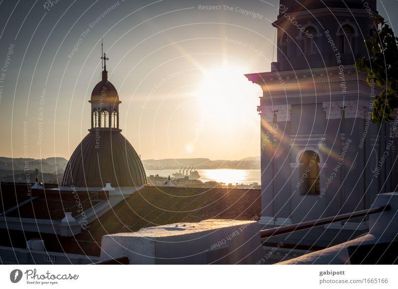Santiago de cuba Ferien & Urlaub & Reisen Stadt Erholung Ferne Gebäude Freiheit Stimmung oben Tourismus Ausflug Kirche Platz Kultur Schönes Wetter Abenteuer