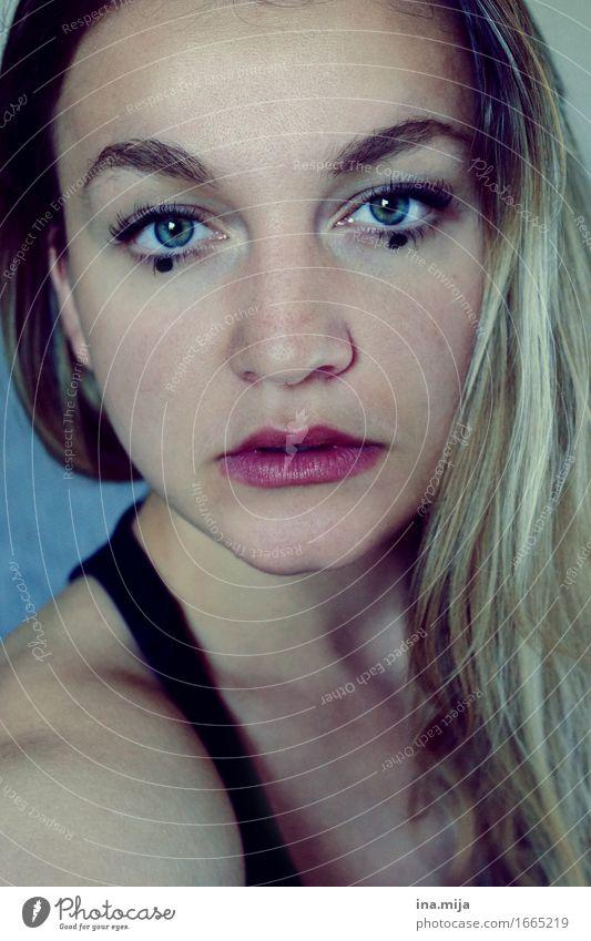 . . Mensch Frau Jugendliche Junge Frau 18-30 Jahre Gesicht Erwachsene Leben feminin außergewöhnlich Mode Haare & Frisuren ästhetisch Kreativität einzigartig