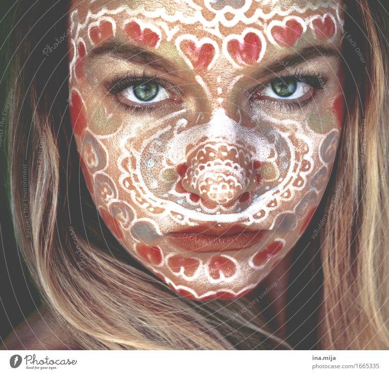 herz(los) Mensch Jugendliche Junge Frau schön 18-30 Jahre Gesicht Erwachsene Leben Stil Kunst Kraft Kreativität Kultur Haut Herz einzigartig
