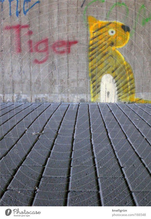 Tiger Farbfoto Außenaufnahme Menschenleer Textfreiraum unten Tag Graffiti Mauer Wand Stein Beton Schriftzeichen blau gelb grau rot schwarz weiß Freude