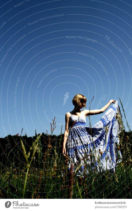 Frühlingserwachen Himmel Natur schön Ferien & Urlaub & Reisen Sommer Freude ruhig Erholung Leben Landschaft Gefühle Gras Haare & Frisuren Garten Glück