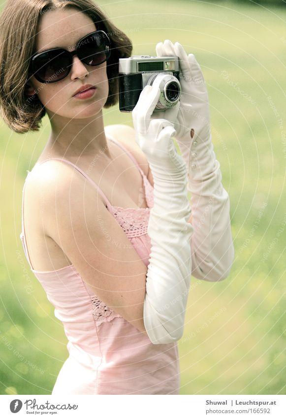 rosa, weiß und ein hauch von blassgrün Frau Mensch Jugendliche schön Ferien & Urlaub & Reisen Sommer Erwachsene feminin Stil Mode Kunst elegant ästhetisch