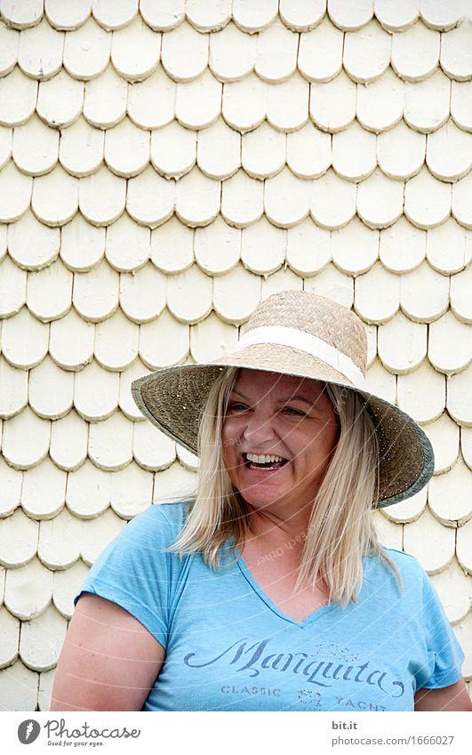 AST 9 | da lacht die Sonne von unten her... Frau Ferien & Urlaub & Reisen Sommer schön Freude Erwachsene Wand feminin Lifestyle Gesundheit Mauer lachen Glück