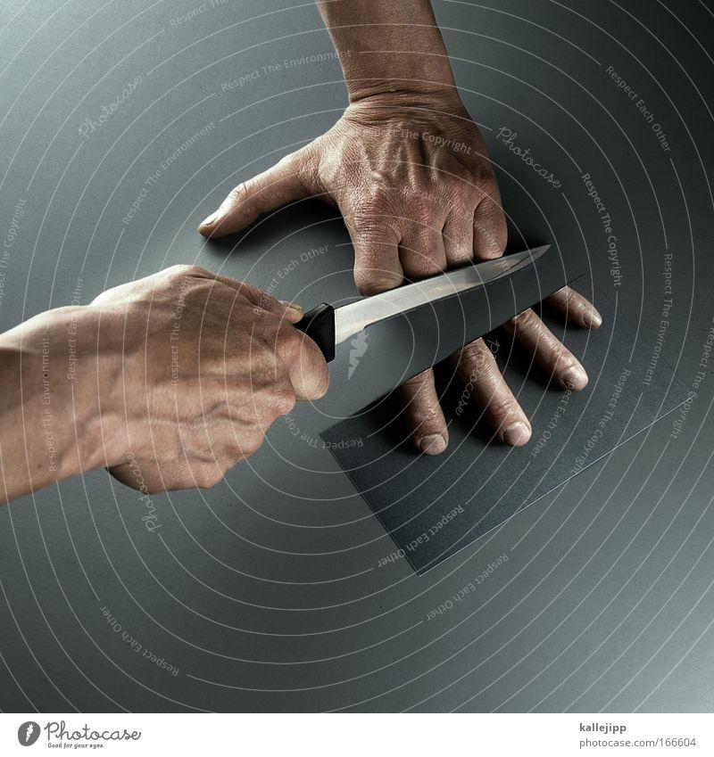linkshänder Mensch Handwerk Versicherung Politik & Staat Messer Kapitalwirtschaft Haut Desaster Finger maskulin Schmerz Blut Risiko Unfall Gefühle