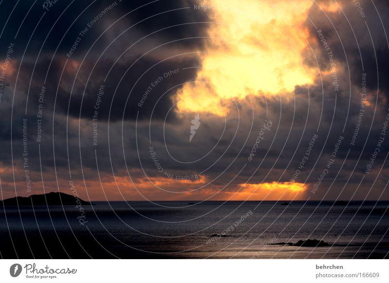 tausend strahlende sonnen Farbfoto Außenaufnahme Sonnenlicht Sonnenstrahlen Sonnenaufgang Sonnenuntergang Ferien & Urlaub & Reisen Himmel Wolken Meer