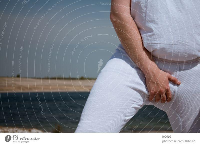 all we need Mann Hand Sommer Strand Erwachsene Gefühle Kraft Arme maskulin außergewöhnlich authentisch stehen Bekleidung Coolness Stoff Wüste
