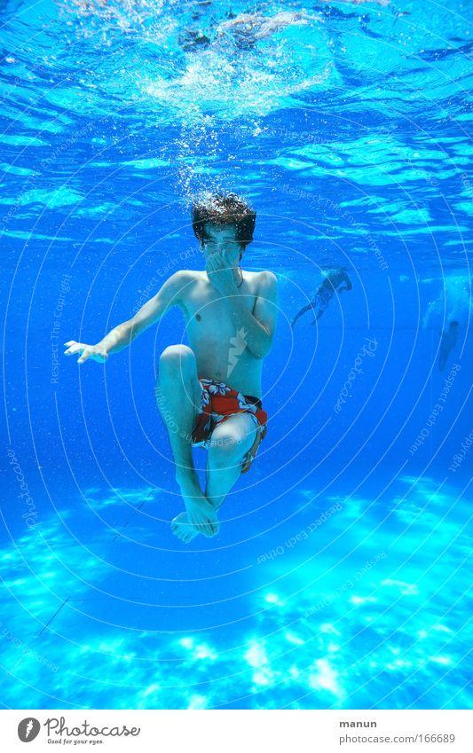 ... blubbern Mensch Jugendliche blau Sommer Freude Leben Glück Kindheit Gesundheit Schwimmen & Baden Coolness Schwimmbad tauchen sportlich Lebensfreude