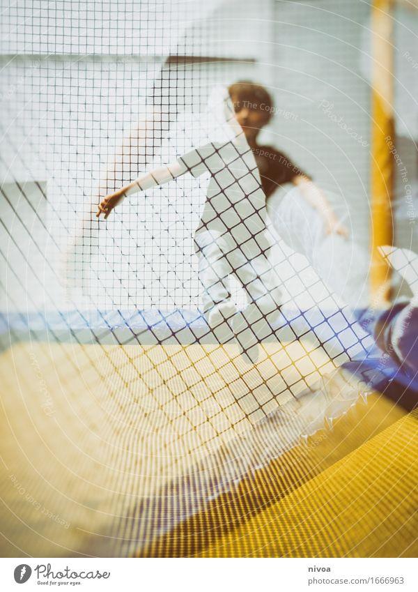 jump Ferien & Urlaub & Reisen Tourismus Ausflug Abenteuer Sport Trampolin Mensch maskulin Kind Junge Körper 1 3-8 Jahre Kindheit Mauer Wand Fassade T-Shirt
