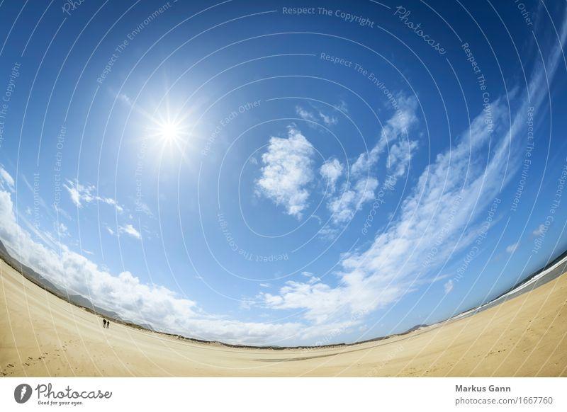 Geschwungener Strand Himmel Natur Ferien & Urlaub & Reisen blau Sommer Sonne Wolken ruhig Ferne Freiheit Sand Horizont Bogen Nordirland