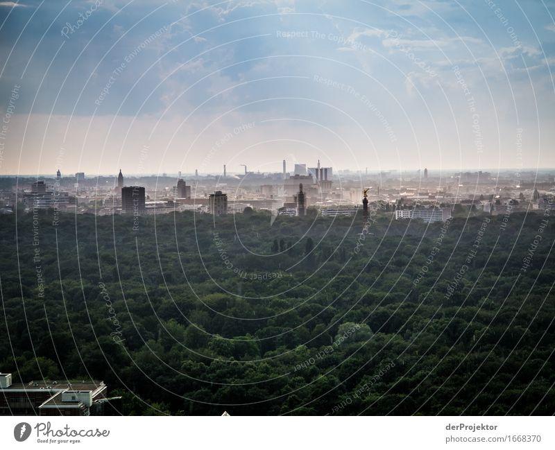 Berlin Panorama während eines Regenschauers Ferien & Urlaub & Reisen Tourismus Ausflug Abenteuer Ferne Sightseeing Städtereise Sommer Sommerurlaub Umwelt