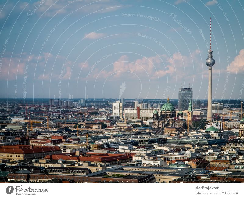 Berliner Skyline in der Sonne Ferien & Urlaub & Reisen Stadt Ferne Architektur Gebäude Freiheit Tourismus Hochhaus Ausflug Abenteuer Coolness Dach Bauwerk