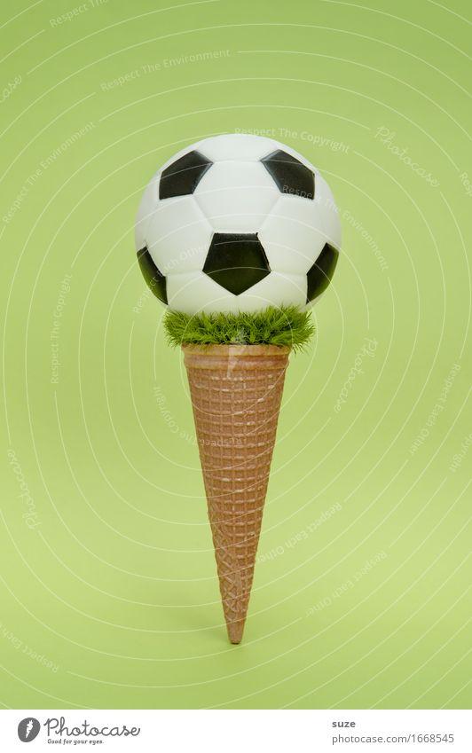 EM Eis Natur Lebensmittel Ernährung Essen Fastfood Design Freude Spielen Feste & Feiern Sport Ballsport Sportveranstaltung Erfolg Fußball Fußballplatz