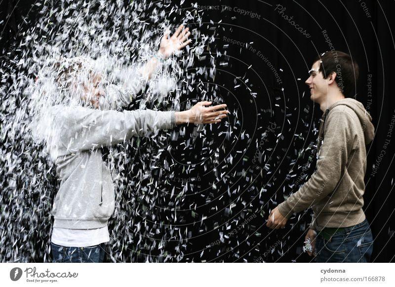 Schneeregen Frau Mensch Mann Jugendliche Freude Erwachsene Liebe Leben Wand Freiheit Gefühle Bewegung Mauer träumen Regen Freundschaft