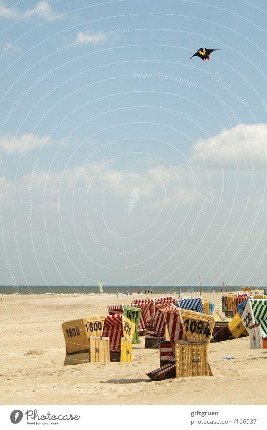 strandaufsicht Farbfoto Außenaufnahme Textfreiraum Mitte Tag Freude Freizeit & Hobby Ferien & Urlaub & Reisen Tourismus Ausflug Sommer Sommerurlaub Sonne