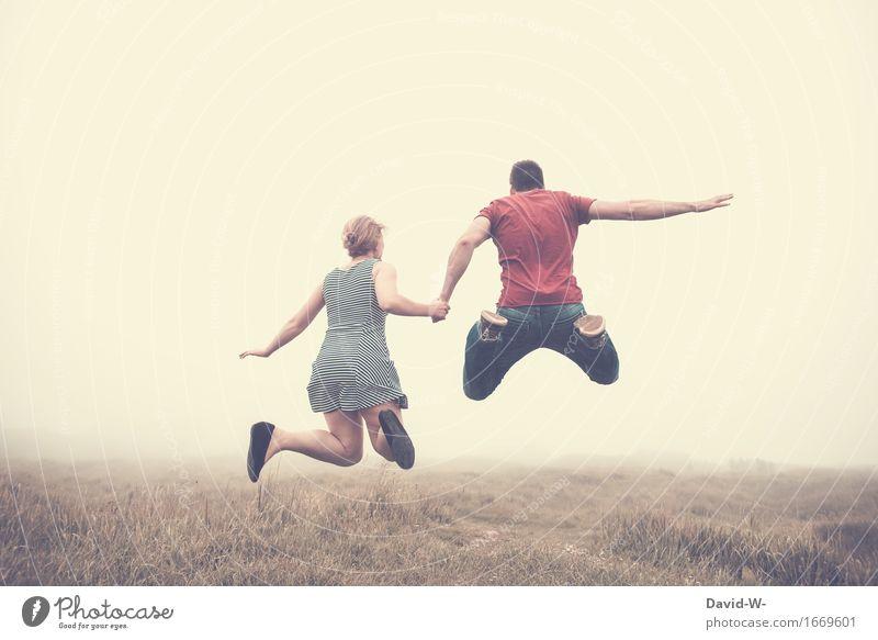 Luftsprünge Gesundheit Fitness Leben Zufriedenheit Sinnesorgane Abenteuer Ferne Freiheit Sommer Mensch maskulin feminin Frau Erwachsene Mann Freundschaft Paar