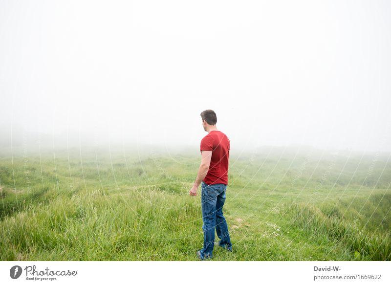 irgendwo dort draußen Mensch Natur Ferien & Urlaub & Reisen Jugendliche Mann weiß Landschaft Junger Mann Erholung rot Wolken ruhig Erwachsene Umwelt Leben Wiese