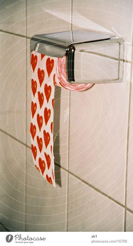 Herzchen am laufenden Band Liebe Wand Toilette Fliesen u. Kacheln Chrom Toilettenpapier Klopapierhalter
