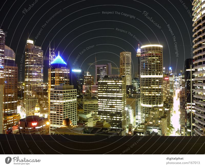 Downtown Sydney Farbfoto Außenaufnahme Nacht Licht Schatten Kontrast Langzeitbelichtung Vogelperspektive Panorama (Aussicht) Stil Tourismus Ferne Nachtleben