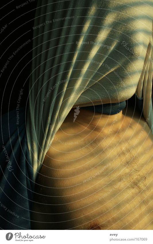 licht und linie Mensch kalt maskulin ästhetisch authentisch außergewöhnlich Kopftuch Junger Mann Licht
