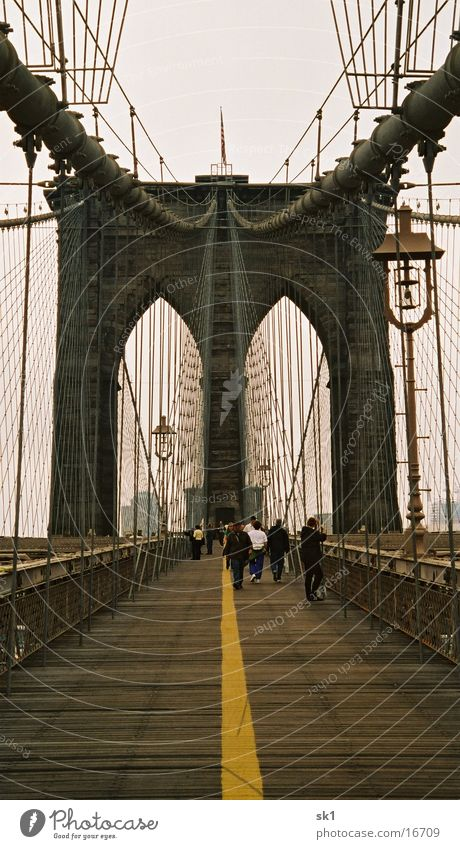 Brooklyn Bridge NY New York City Symmetrie Brücke Wege & Pfade