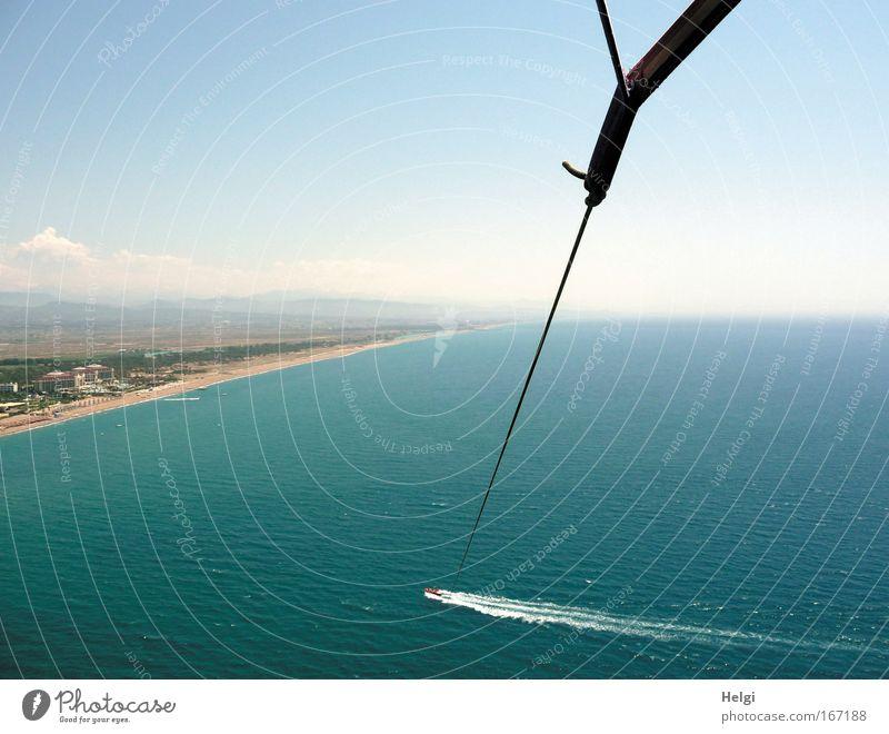am seidenen Faden.... Himmel blau Wasser weiß Ferien & Urlaub & Reisen Sommer Meer Freude Strand Landschaft Freiheit Küste Luft Linie Erde Freizeit & Hobby