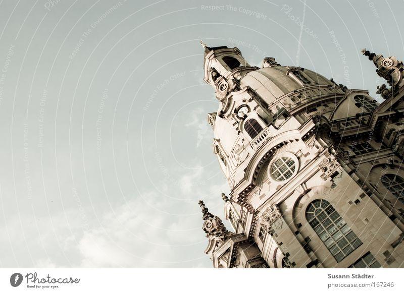 Grande Dame Dresden Ferien & Urlaub & Reisen ruhig Freiheit Architektur Platz Tourismus Kirche Bauwerk harmonisch Dom Sehenswürdigkeit Sightseeing Weisheit Marktplatz