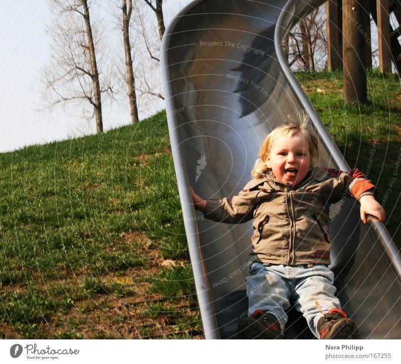 Ruuuuutschen Mensch Kind grün Baum Freude Spielen Junge Glück lachen Frühling braun blond Freizeit & Hobby maskulin Fröhlichkeit Kleinkind
