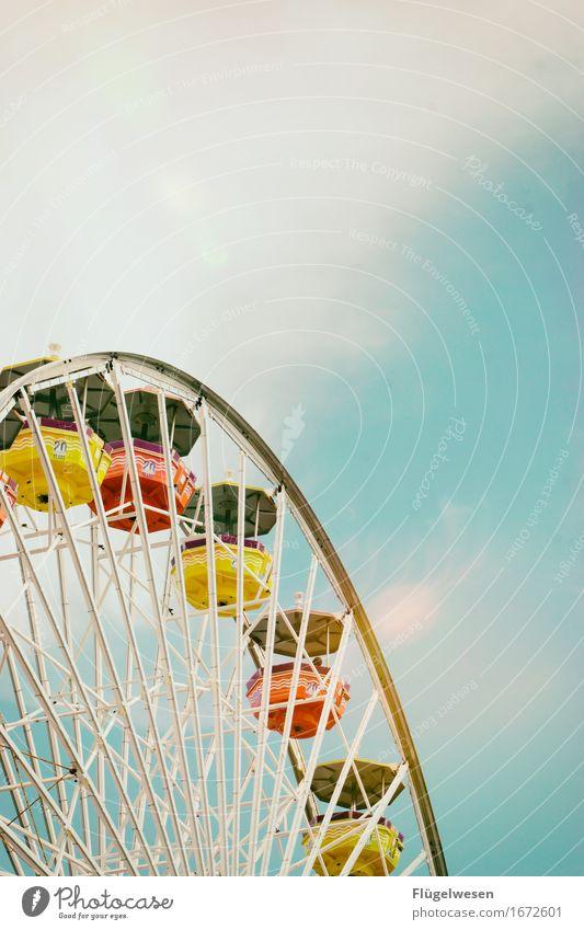 Hoch hinaus Ferien & Urlaub & Reisen Tourismus Ausflug Abenteuer Nachtleben Entertainment Party Strandbar Dom Spielplatz sitzen Santa Monica Anlegestelle