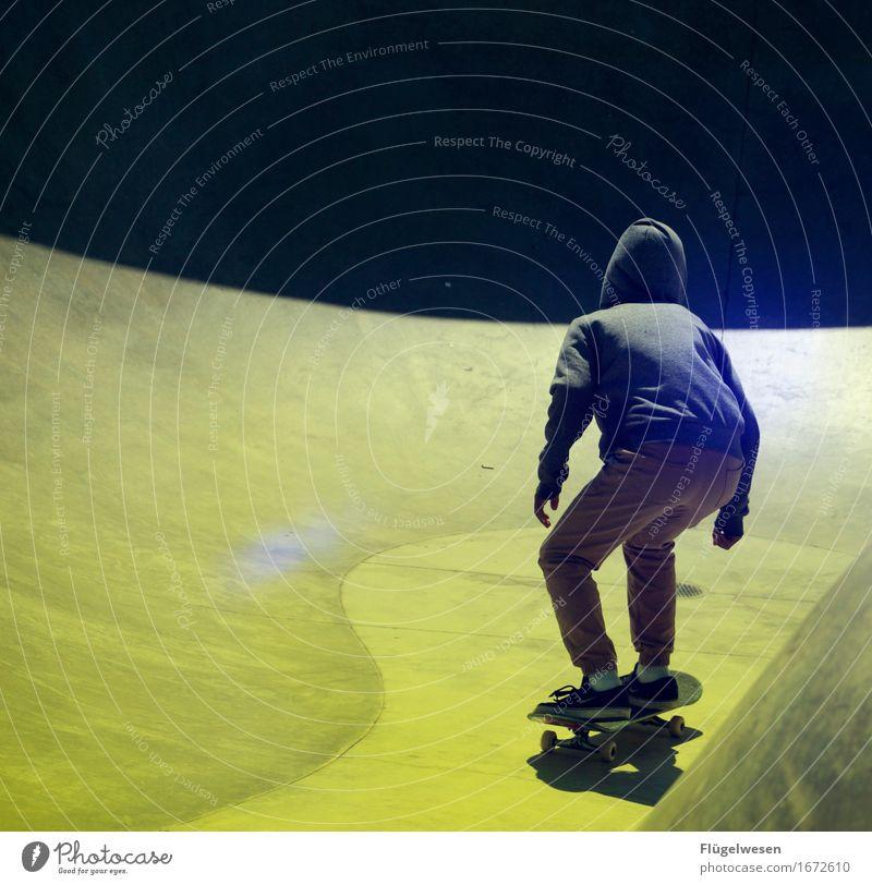 skateboarding Ferien & Urlaub & Reisen Tourismus Ausflug Abenteuer Sport Sportler Skateboarding Bewegung Skateplatz Skaterhalle Skaterbahn Skateboardkleidung