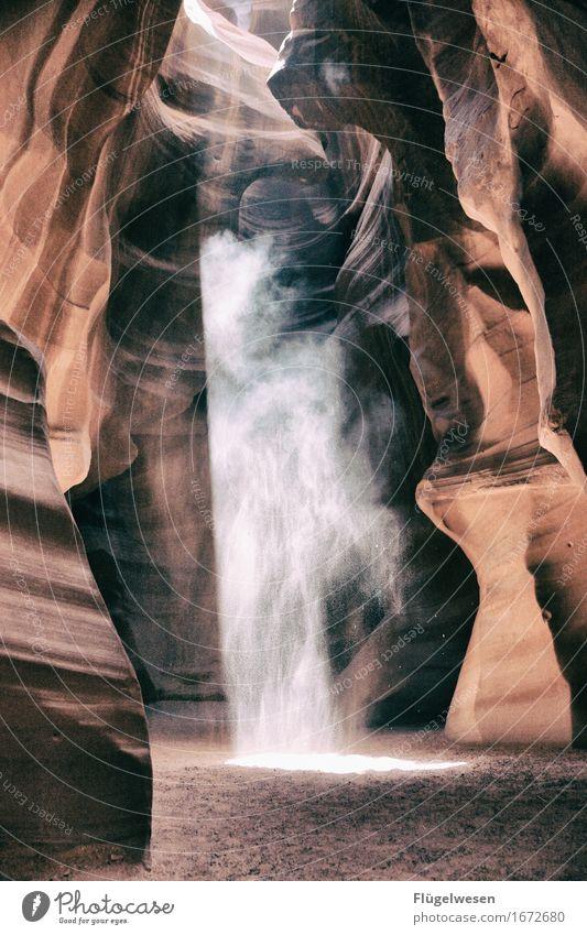 Upper Antelope Canyon [13] Ferien & Urlaub & Reisen Tourismus Ausflug Berge u. Gebirge Sand Hügel Felsen Schlucht Stein berühren eckig orange Farbe USA Amerika