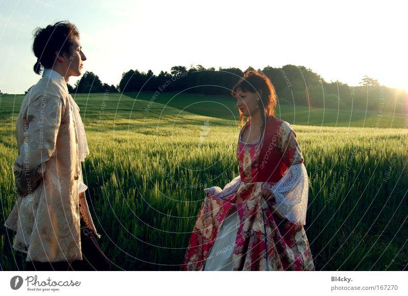 Der Monarch elegant Mensch maskulin feminin Junge Frau Jugendliche Junger Mann 2 Landschaft Himmel Sonne Sonnenaufgang Sonnenuntergang Gras Grünpflanze
