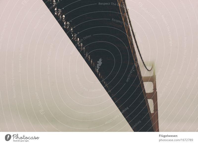 Golden fog Bridge USA Amerika Wolken Freiheit Ferien & Urlaub & Reisen Straße Aussicht Golden Gate Bridge Brücke San Francisco Sightseeing Nebel Schleier
