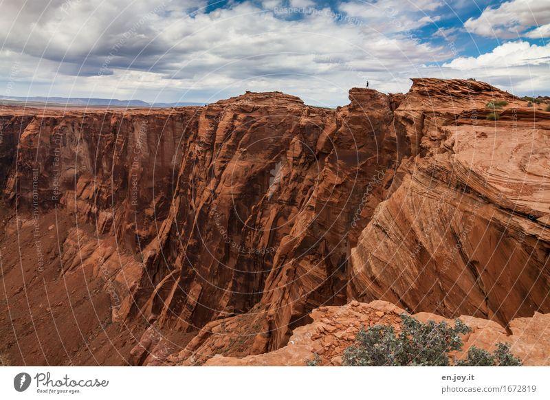 Vergänglichkeit Ferien & Urlaub & Reisen Tourismus Abenteuer Ferne 1 Mensch Umwelt Natur Landschaft Himmel Wolken Horizont Felsen Schlucht Glen Canyon