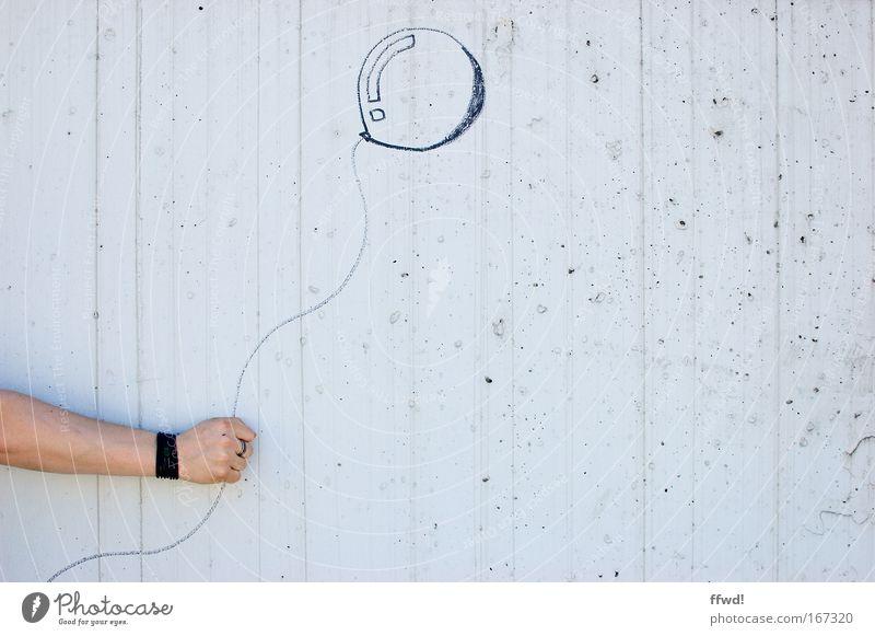 [PC-Usertreff Ffm]: 100 - Danke photocase! Mensch Mann Hand Freude Wand Glück Mauer Linie Erwachsene Arme maskulin Fassade Fröhlichkeit Luftballon Zeichen