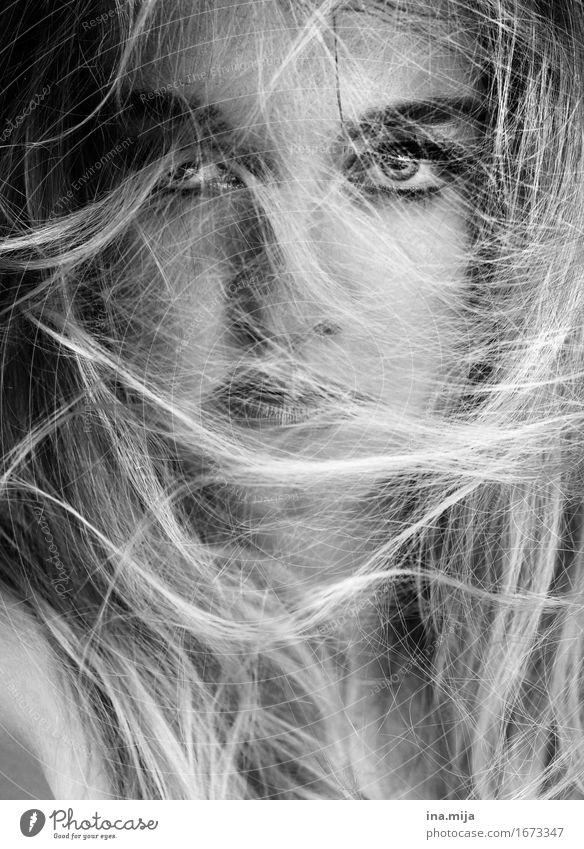 hinter Spinnweben Mensch Frau Jugendliche Junge Frau schön 18-30 Jahre Gesicht Erwachsene Religion & Glaube Leben feminin Stil Haare & Frisuren elegant blond