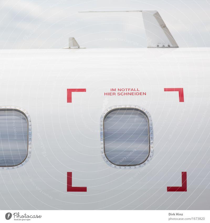 Im Notfall: schneiden Flugzeugfenster Luftverkehr Glas Schriftzeichen Schilder & Markierungen Technik & Technologie gefährlich Zukunft Hinweisschild Zeichen