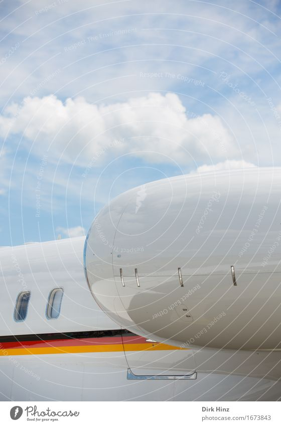 . Maschine Technik & Technologie Fortschritt Zukunft High-Tech Industrie Luftverkehr Verkehr Verkehrsmittel Personenverkehr Flugzeug Fluggerät Flughafen
