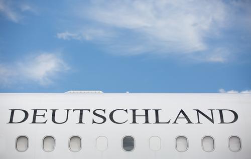 Deutschland Himmel Ferien & Urlaub & Reisen Bewegung Flugzeugfenster Tourismus Luftverkehr Technik & Technologie Zukunft Industrie Güterverkehr & Logistik