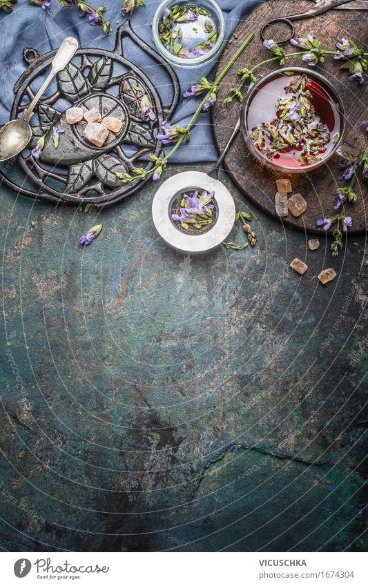Gesundes Kräutertee machen Gesunde Ernährung Blume Leben Blüte Stil Gesundheit Lebensmittel Design Häusliches Leben retro Tisch einfach Kräuter & Gewürze Getränk Medikament Duft